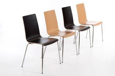 Diese bequemen Holzschalenstühle lassen sich gut in Reihen aufstellen