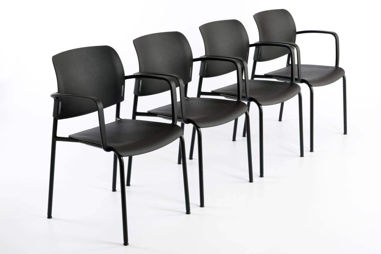 Der pflegeleichte Stuhl eignet sich gut für Wartezimmer und Wartebereiche
