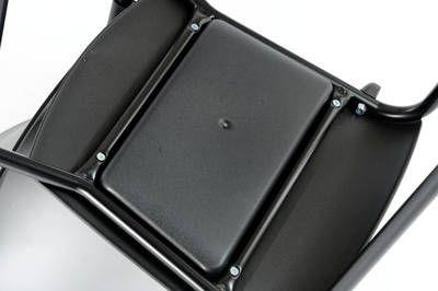 Querstreben unter der Sitzfläche sorgen für noch mehr Stabilität