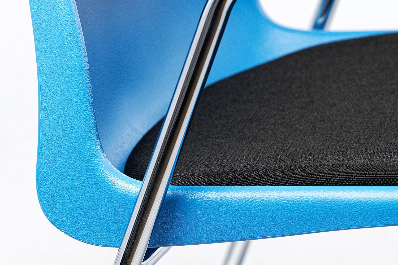Polster Sitzschale und Gestell sind perfekt aufeinander abgepasst