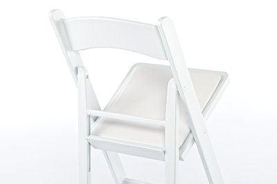 Der Klappstuhl Ohio ist auch in Weiß lieferbar