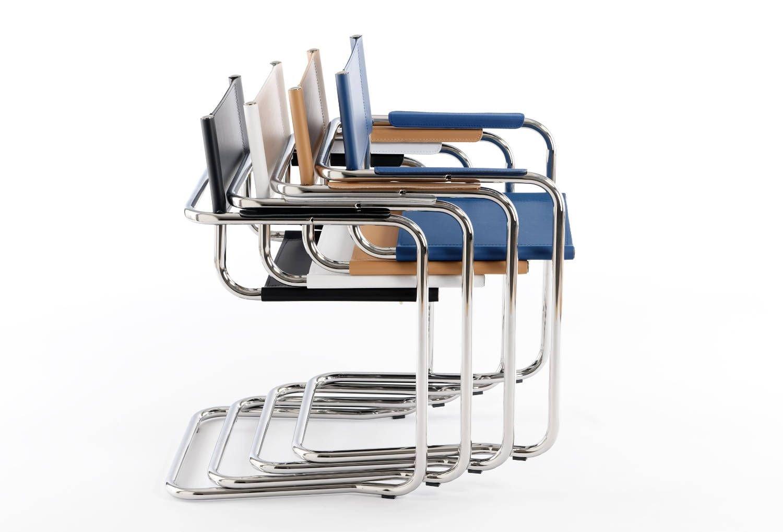 Die Tirano Stühle lassen sich platzsparend stapeln und einlagern