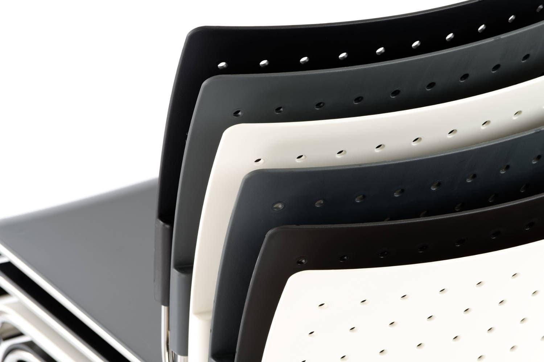 Verschiedene Kunststofffarben stehen für den Turin SP ST zue Auswahl