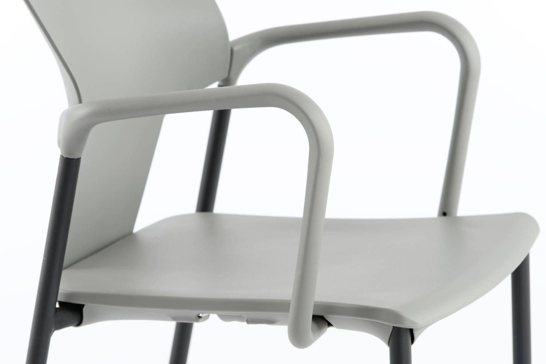 Die Sitzfläche und Armlehnen sind sehr hygienisch und leicht zu reinigen